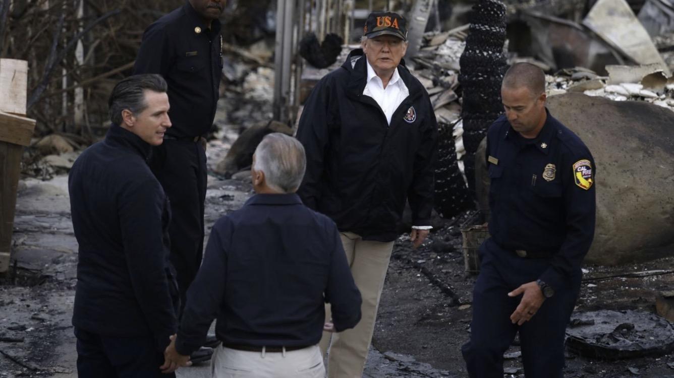 PageLines-Trump-Woolsey-fire-Malibu-LATimes.jpg